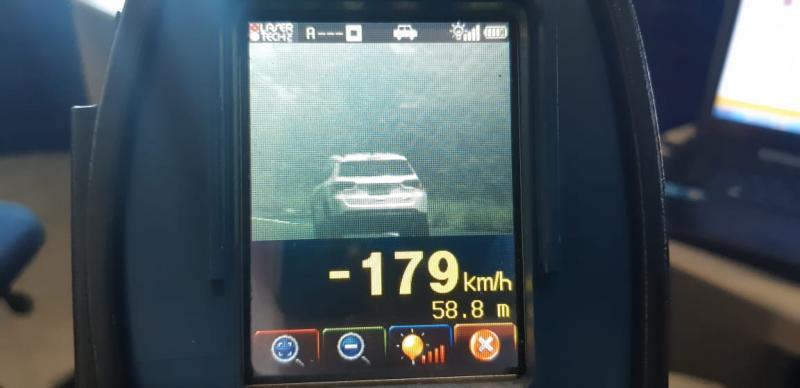 PRF flagra motorista a 179 km por hora na BR-343