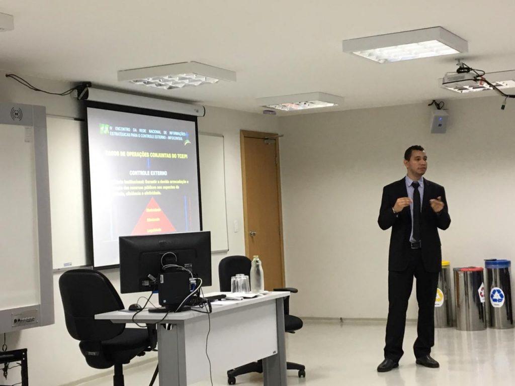 TCE-PI apresenta ações de combate a corrupção em evento nacional