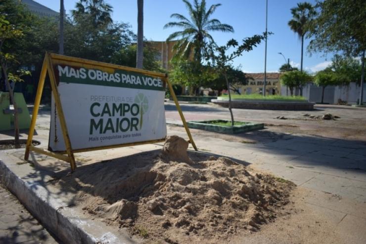 Inicia obra de revitalização na praça Rui Barbosa em Campo Maior