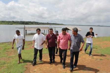 Deputado Flávio Júnior visita Balneário Corredores em Campo Maior