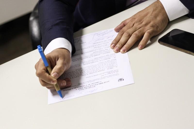 CCJ aprova uso racional de água e veto para taxa de religação de água e energia