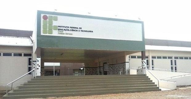 Aluna do IFPI de 17 anos é estuprada por três estudantes durante viagem de campo