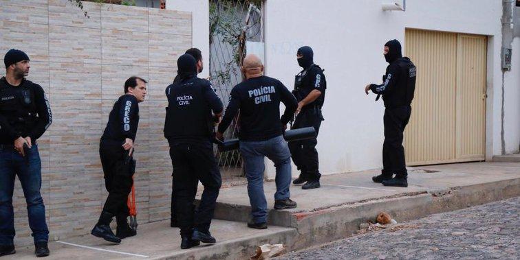 Polícia deflagra Operação Cronos II e cumpre mandados no Piauí