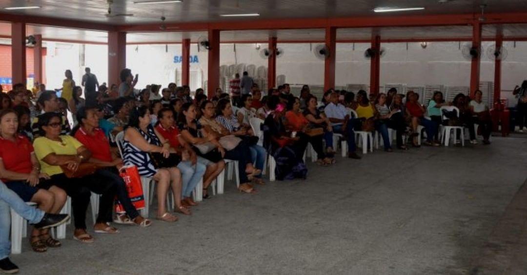 Professores da educação básica do Piauí vão entrar de greve dia 14