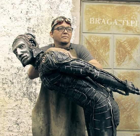Braga Tepi, o artista por trás dos troféus da Cidade Junina