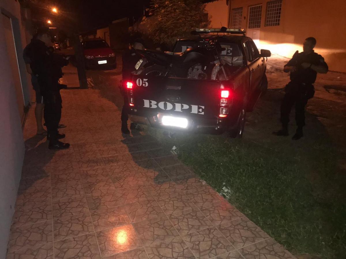Dupla se joga no Rio Poti para conseguir fugir da polícia em Teresina