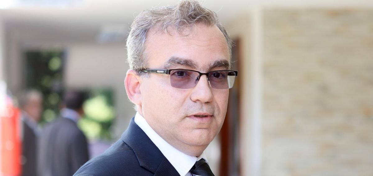 Firmino envia Projeto de Lei de regularização fundiária à Câmara