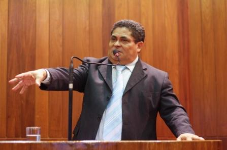 Cícero Magalhães critica comando da operação Lava Jato