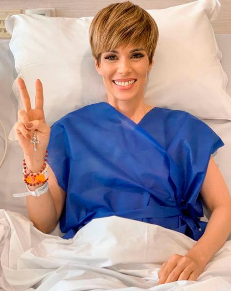 Ana Furtado comemora o fim do tratamento contra o câncer de mama