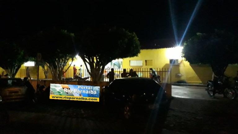 Jovem é baleado e levado em estado grave para hospital no Piauí