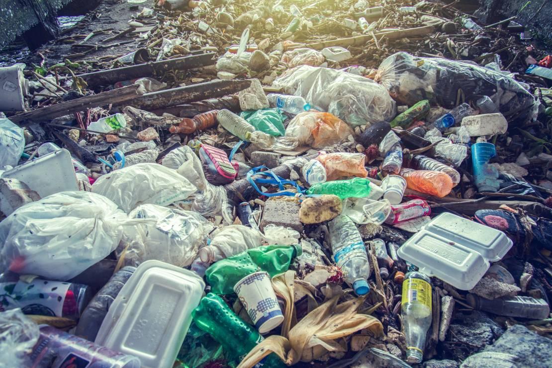 Teresina tem mais de 100 pontos de descarte irregular de lixo
