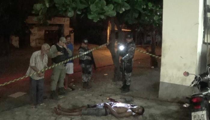 Morador de rua é assassinado a facadas na zona Sul de Teresina