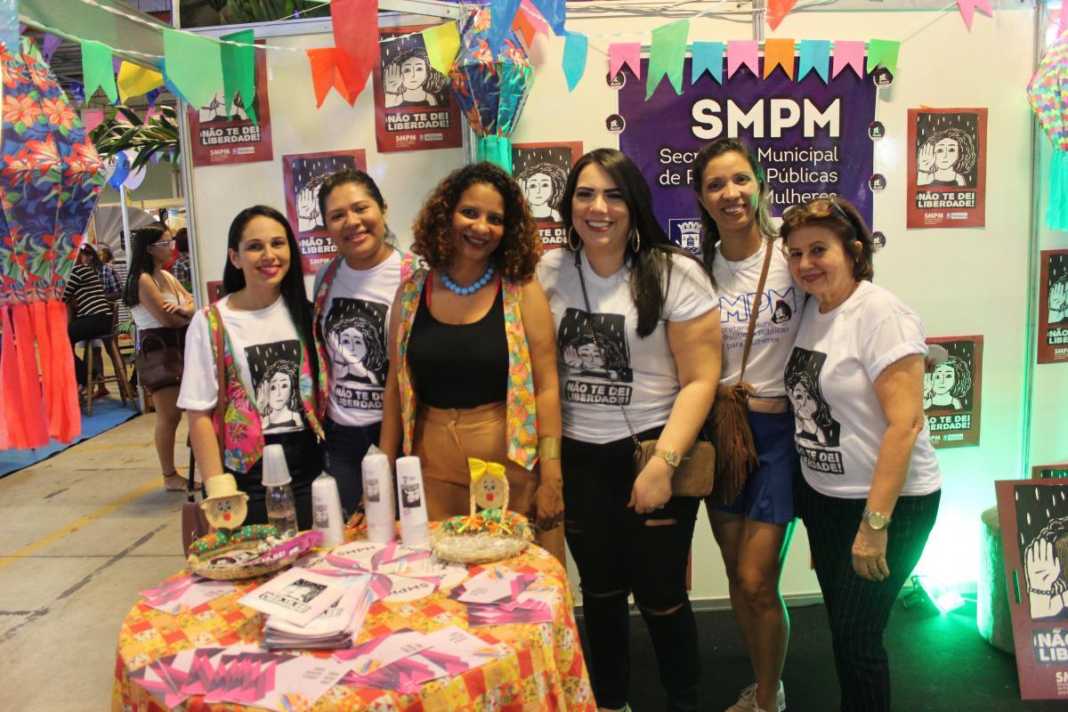 Secretaria da Mulher leva campanha de combate ao assédio para o Cidade Junina