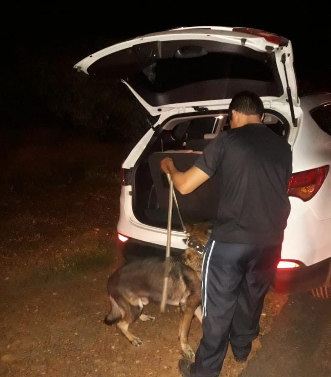 Polícia encontra 2,4 Kg de cocaína escondida em banco de carro que vinha de São Paulo para Picos