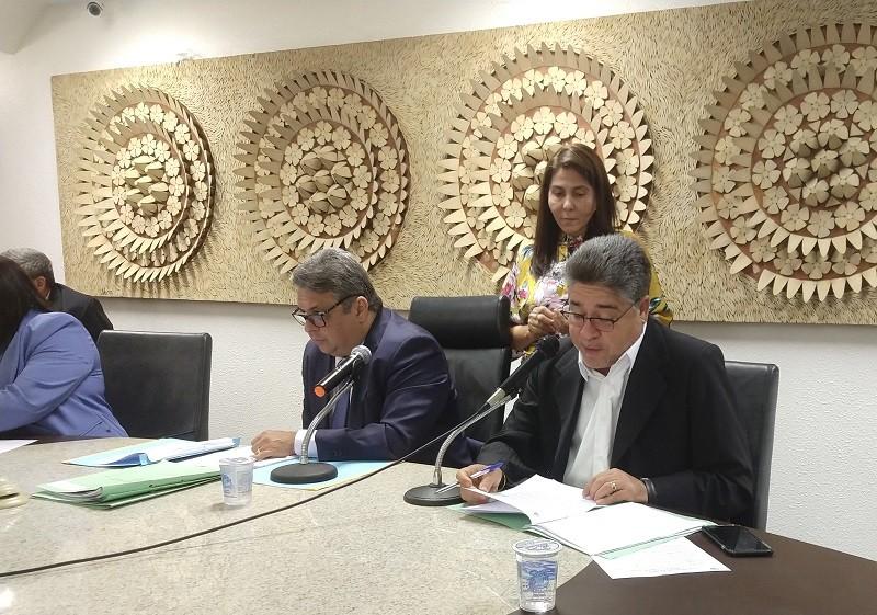 Aprovada proposta para regulamentar colégios militares no Piauí