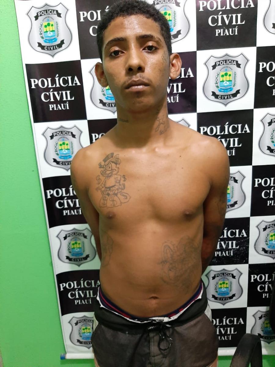 Jovem é preso com 72 pedras de crack em Teresina