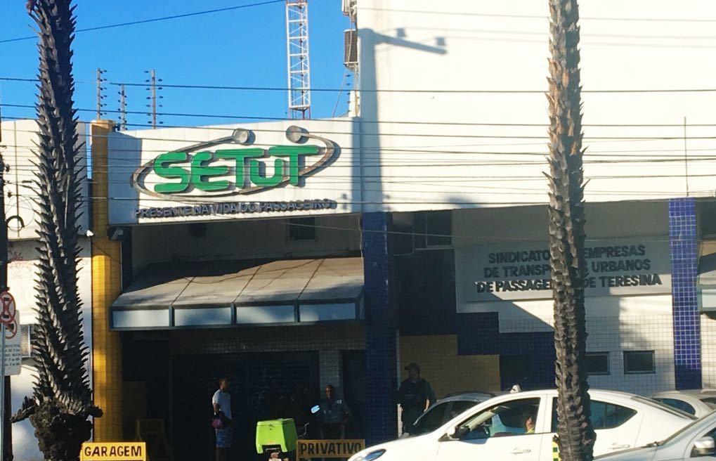 Câmara quer esclarecimentos do Setut sobre cobrança indevida