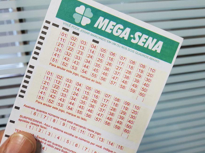 Mega-Sena: prêmio acumula e deve pagar R$ 6 milhões na terça-feira (09)