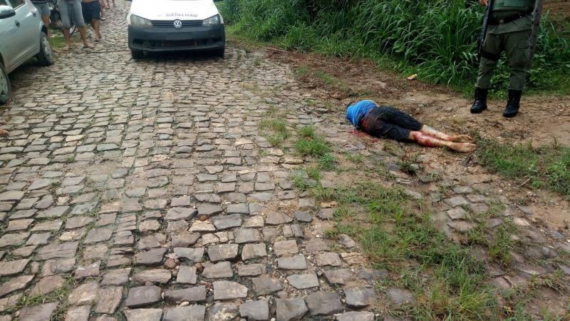 Mulher trans é morta a facadas na zona Sul de Teresina