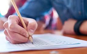 Professores da rede pública podem se inscrever para trabalhar no Enem