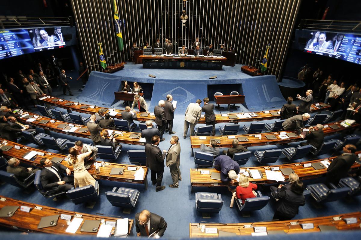 Líderes do Senado irão apresentar PEC da reforma tributária