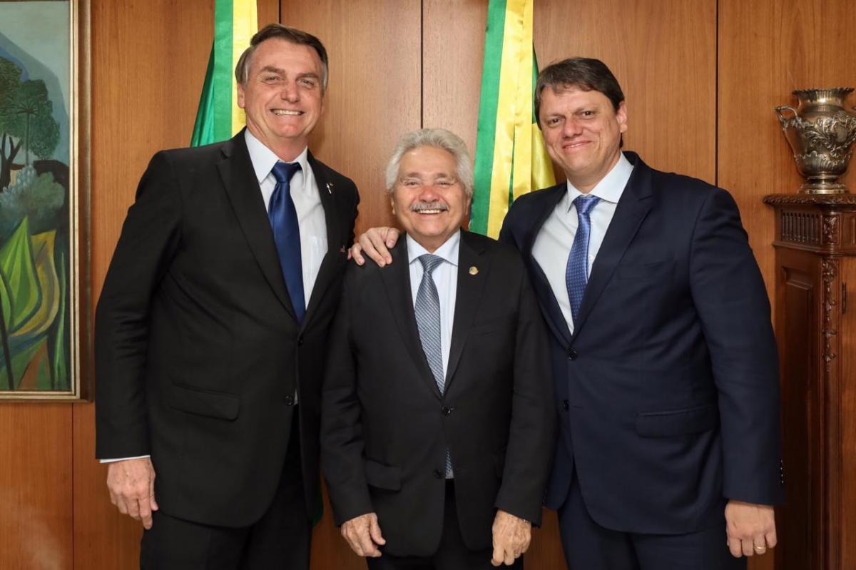 Elmano diz que Bolsonaro garante recursos para rodovias do Piauí