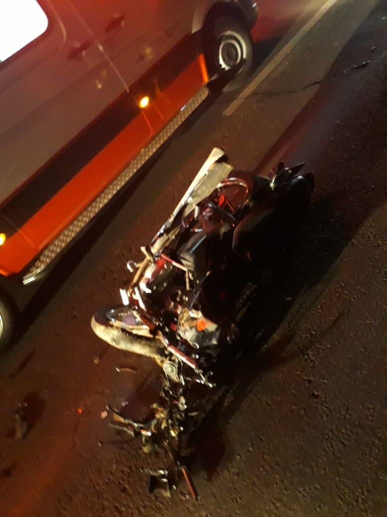 Acidente entre moto e carro deixa duas pessoas mortas em Timon