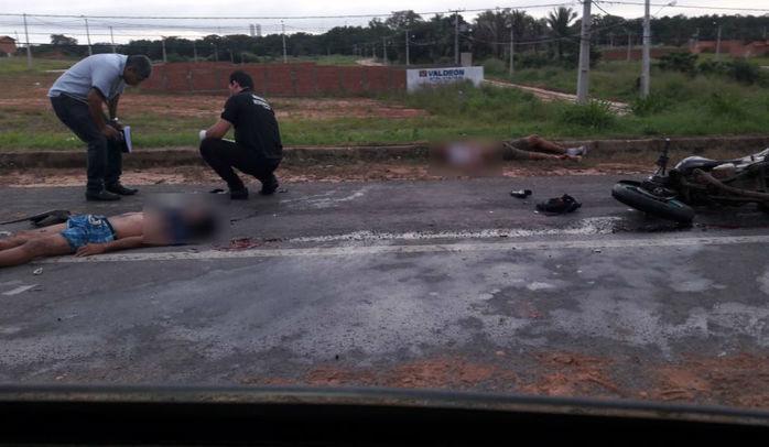 Dois motociclistas morrem após colisão de motos na BR-316