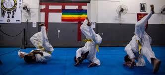 Prazo de inscrições para curso de autodefesa para população LGBT é prorrogado