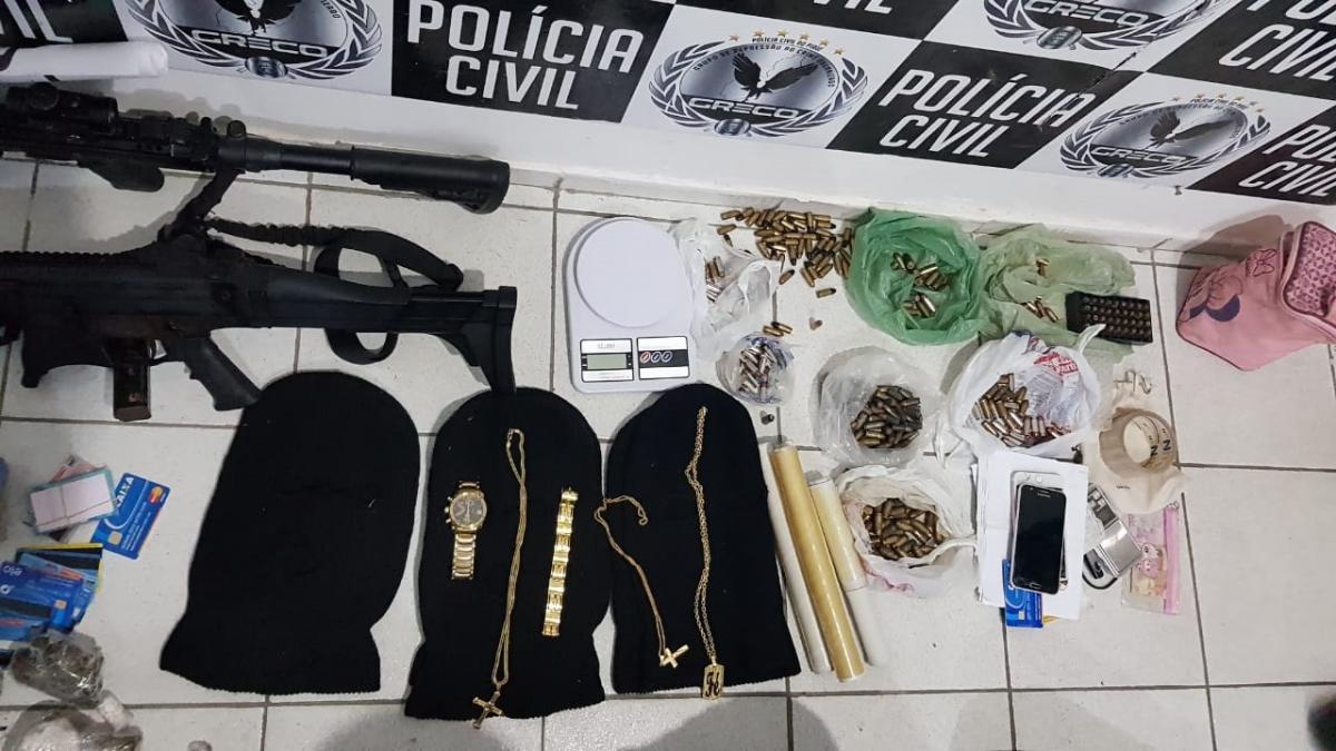 Polícia Civil prende sete pessoas e apreende submetralhadoras em Teresina
