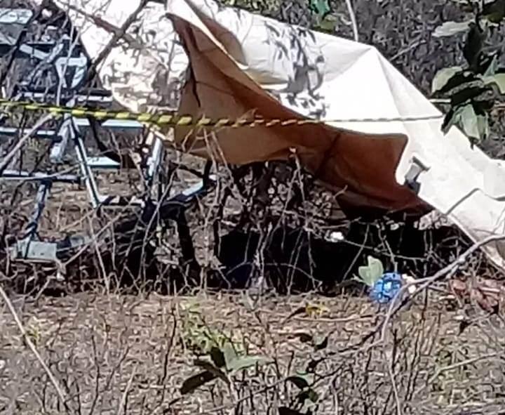 Torre de linha de transmissão desaba e mata dois operários na Bahia