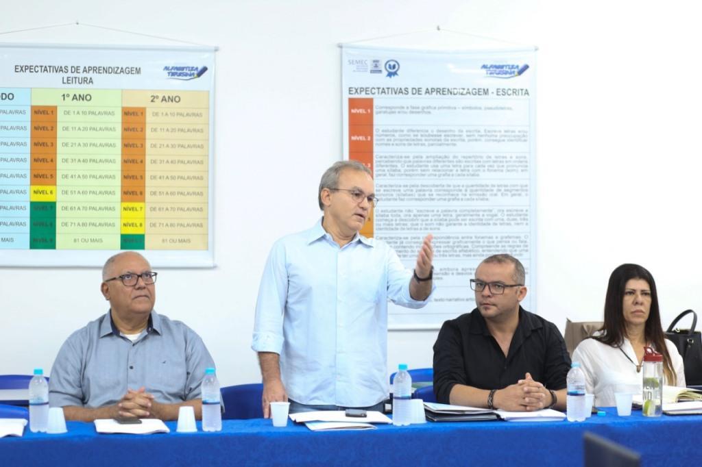 Pernambuco, Rio de Janeiro e Piauí debatem sobre educação