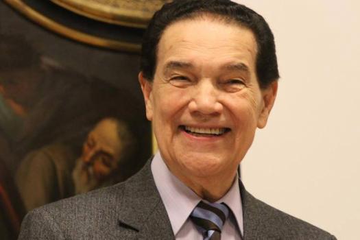 Ufpi concede nesta sexta-feira título Doutor Honoris Causa a Divaldo Pereira Franco