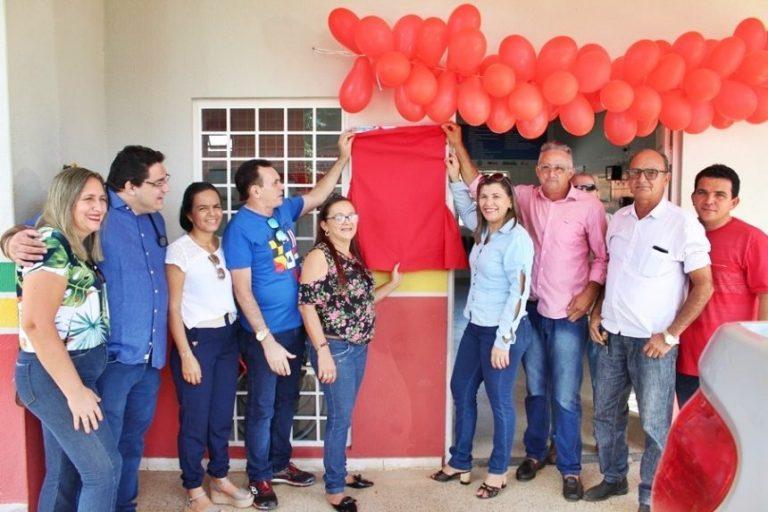 Prefeito Caburé inaugura reforma de UBS em Caraúbas do Piauí
