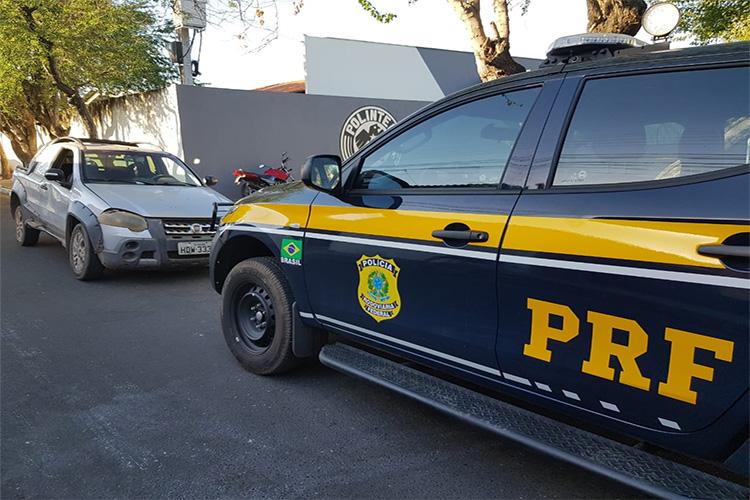Carro roubado em 2011 no Goiás é recuperado pela PRF-PI em Teresina