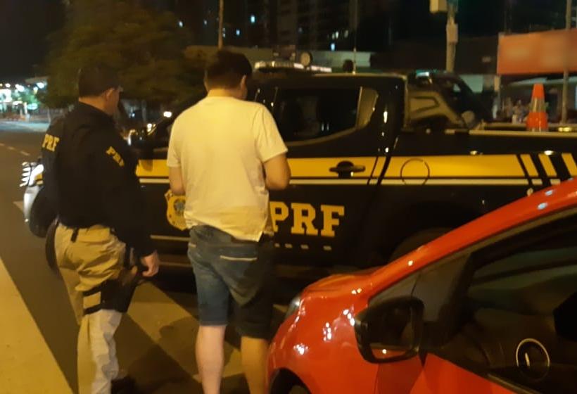 Homem é preso por dirigir alcoolizado na Avenida João XXIII em Teresina