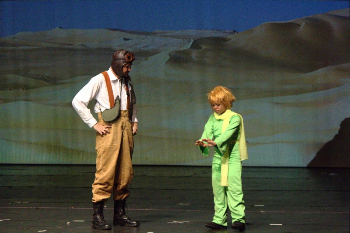 Cia Equilíbrio apresenta 'O Pequeno Príncipe' no Teatro do Boi