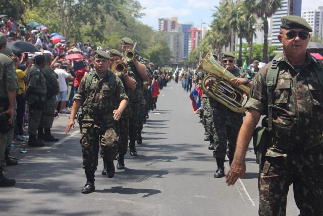Strans interdita vias em torno da Avenida Marechal Castelo Branco durante desfile cívico