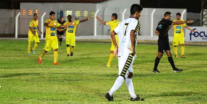 Picos vence Timon por 3x0 na estreia da Série B do Campeonato Piauiense