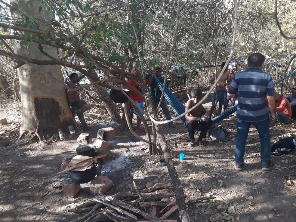 Mais de 20 trabalhadores são encontrados em situação semelhante à escravidão no Piauí