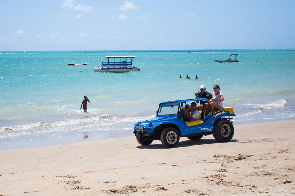 Aumenta o turismo internacional, mas reduz no Brasil