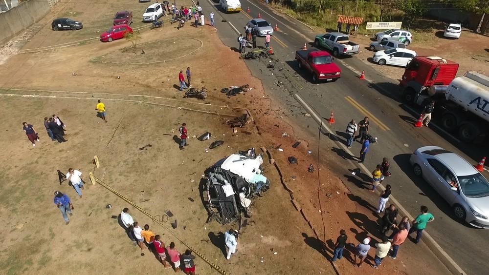 Médico morre em acidente de carro na BR-343 por ultrapassar o limite de velocidade