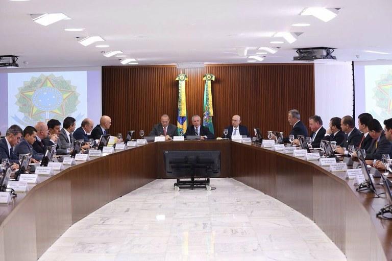 Após mudanças na equipe, Temer preside primeira reunião ministerial