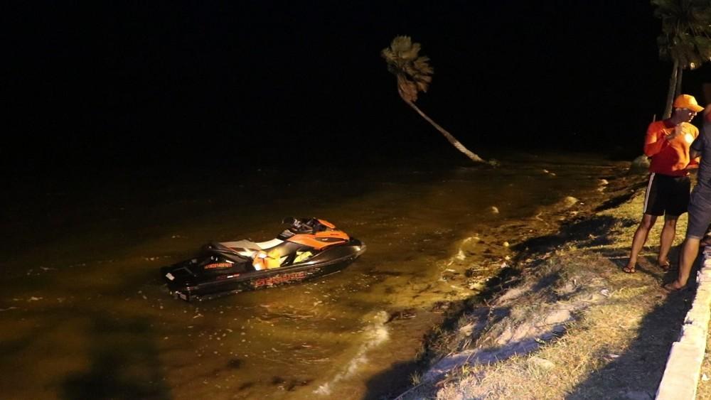 Mulher desaparece na Lagoa do Portinho, após acidente de jetski