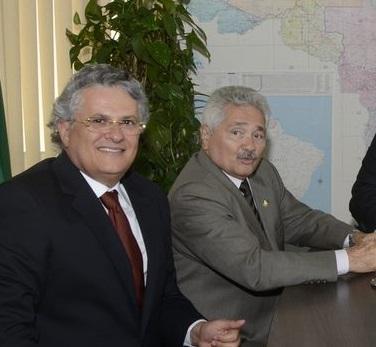 É de Pernambuco o possível senador do Piauí, apontado como 'lobista do seu João Claudino'