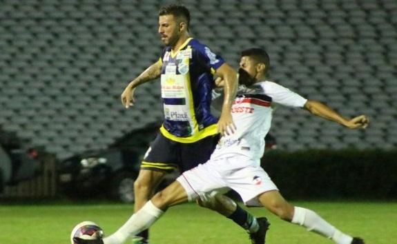 River e Altos empatam e deixam decisão do Piauiense para o segundo jogo