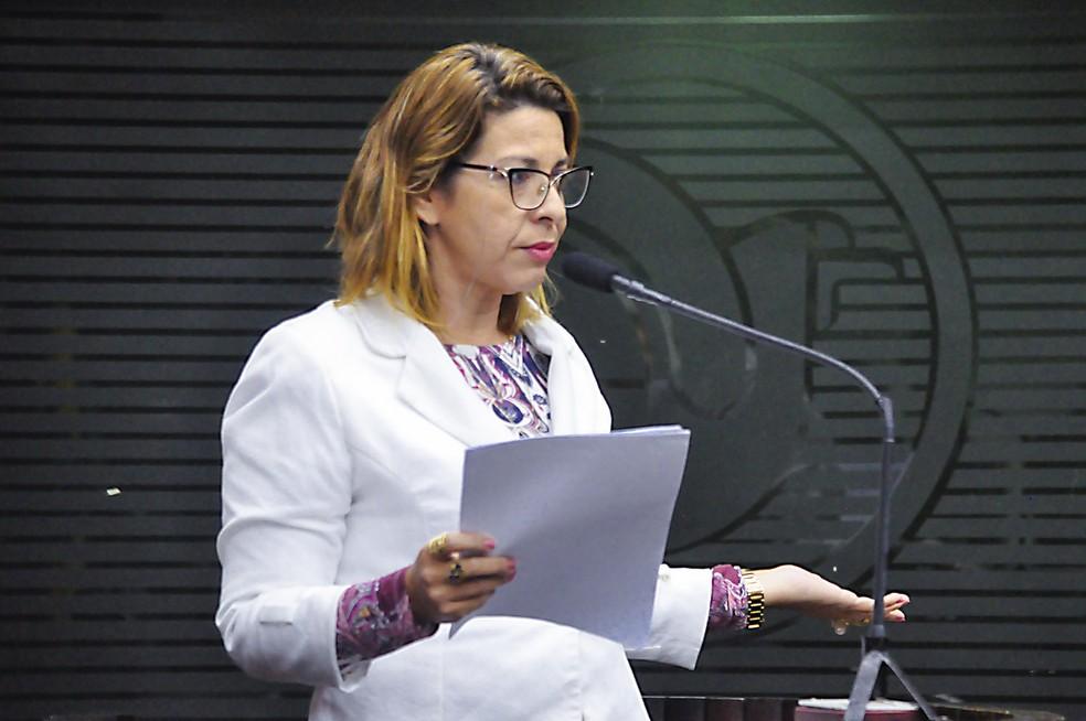 Comissão da Câmara Municipal de João Pessoa aprova proibição de trans em times distintos de seus sexos biológicos