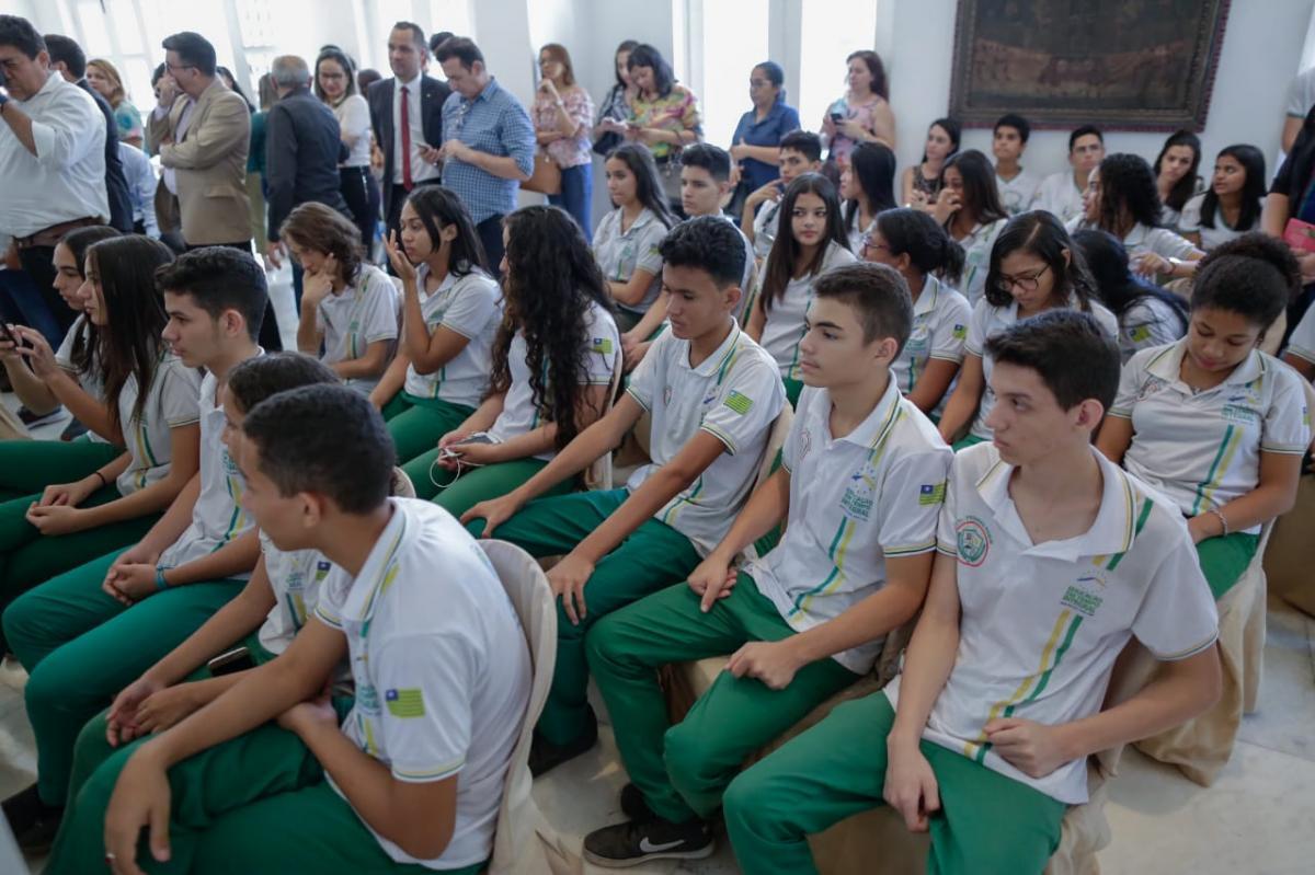Recursos para o Educar Piauí serão aplicados na climatização e modernização das escolas do Estado