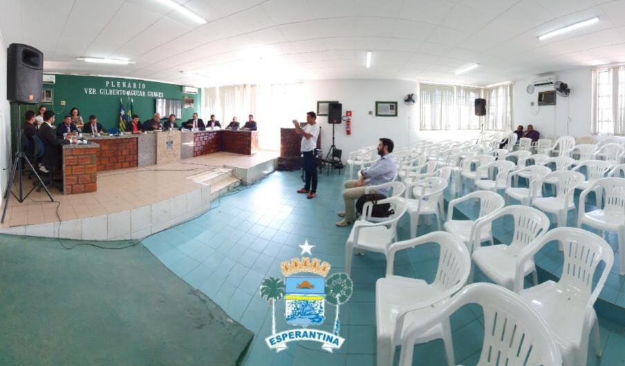 Câmara Municipal de Esperantina divulga edital de Concurso Público