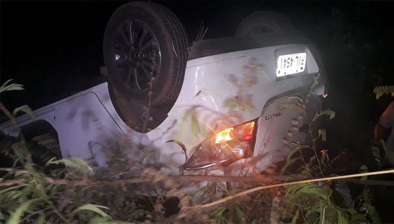 Nove pessoas ficam feridas em acidente envolvendo três veículos na BR-343